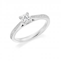 Princess Cut Diamond Solitaire Platinum Engagement Ring with Diamond set shoulders